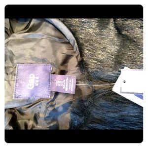 Gap black fur vest